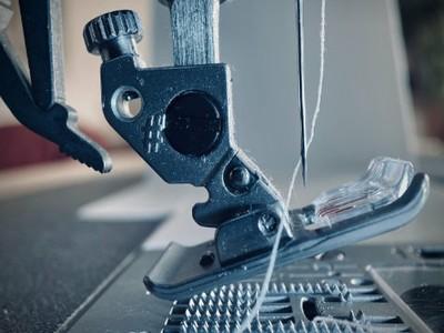 unsere Industrie-Naehmaschinen